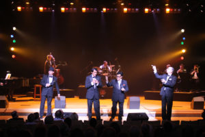 on_stage_sandys_rat_pack (4)