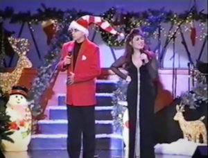 sandy_lisa_xmas_stage_02