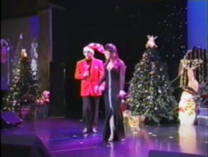 sandy_lisa_xmas_stage_03
